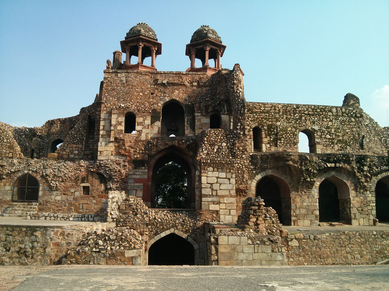 purana-qila-north-gate.jpg