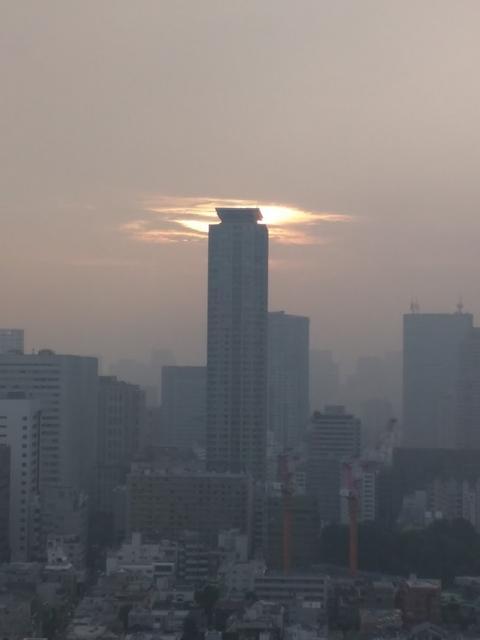 東京で何かが起きようとしている