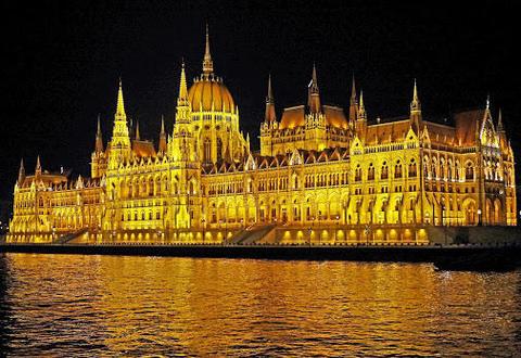 NL-1331E:ブダペスト開催迫る