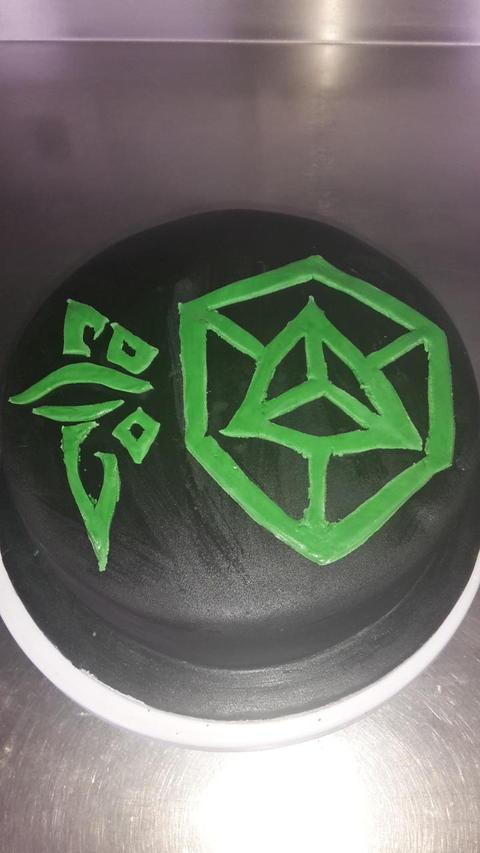 エンライテンド・バースデーケーキの紹介