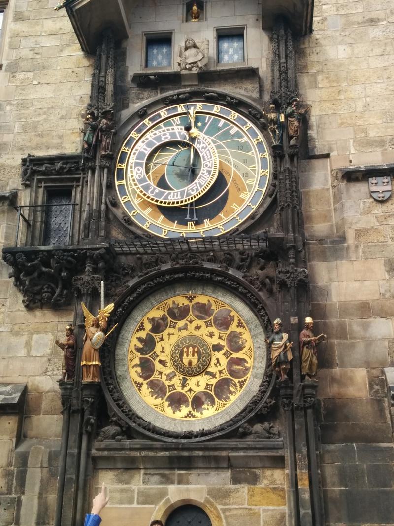 staromestsky-orloj.jpg
